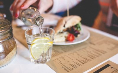 4 Local Marketing Strategies Independent Restaurants Can Win Big With